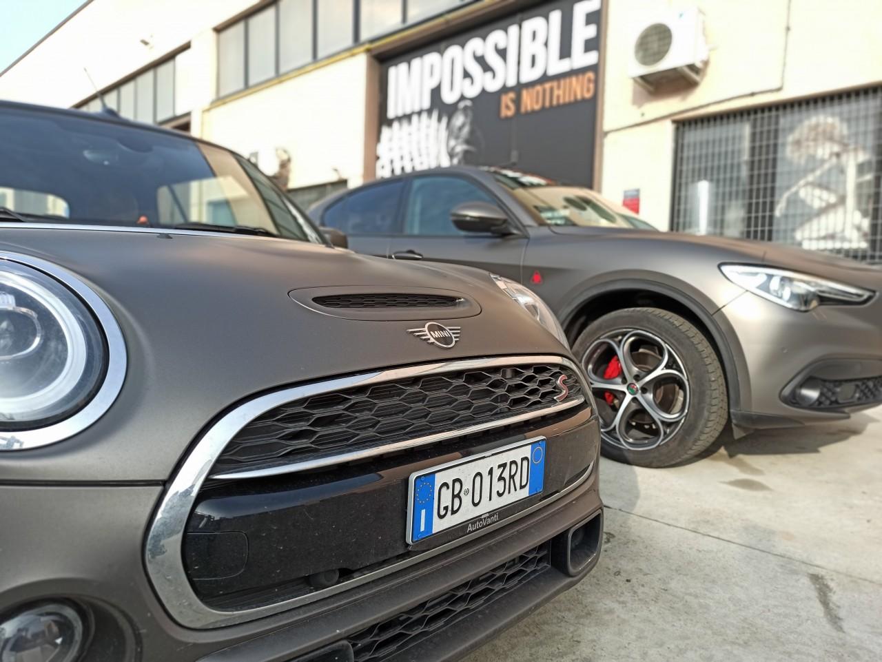 car wrapping Bologna - MINI ALFA STELVIO